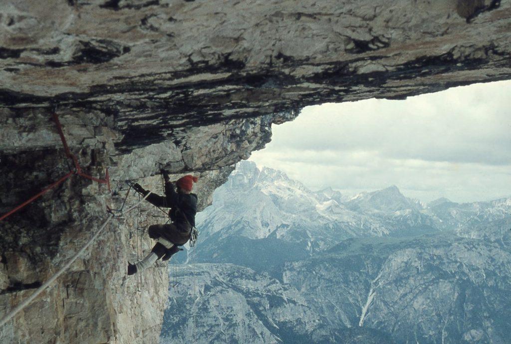 Jean Couzy a la Cima Ovest di Lavaredo (1959)